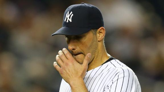 Video - Pettitte Injured In Yankees Loss