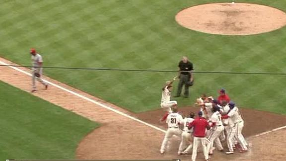 Video - Back-To-Back HRs Help Phillies Walk Off