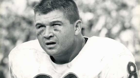 Video - Bears To Retire Ditka's No. 89