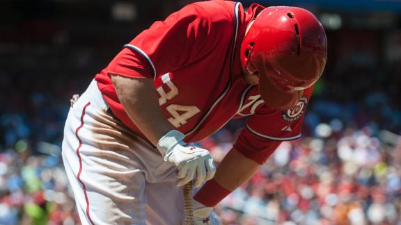 Nationals put Harper on DL with sore knee
