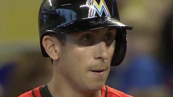 Marlins pound Harvey to complete sweep