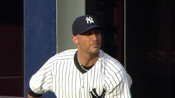 Video - Pettitte Returns In Yankees' Win