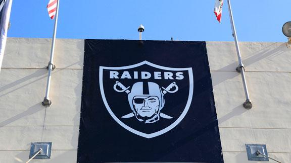 Raiders owner: PR man's exit no shot at GM