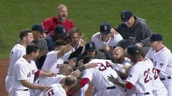 Red Sox walk off on Ortiz home run