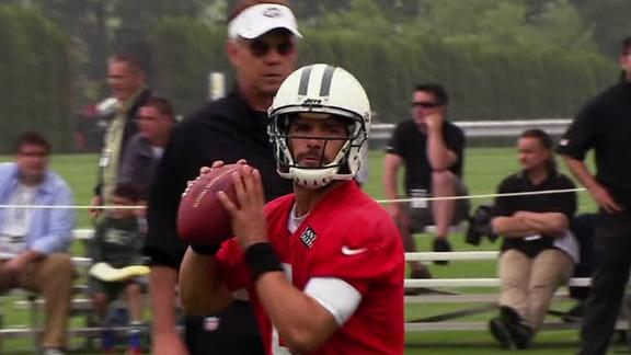 Holmes backs Sanchez as Jets' starting QB