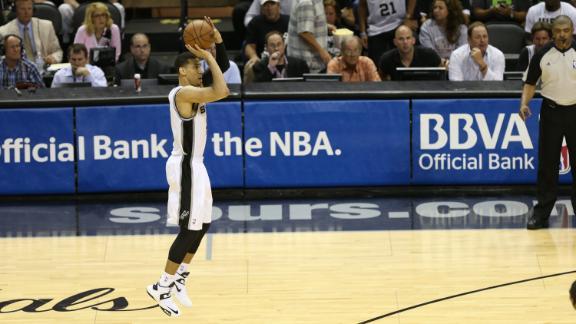 2013 NBA Finals -- Chris Bosh of Miami Heat -- Danny Green of S…