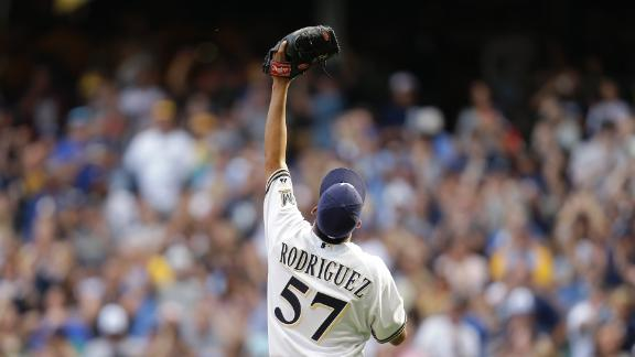 K-Rod closes out Brewers' win for 300th save