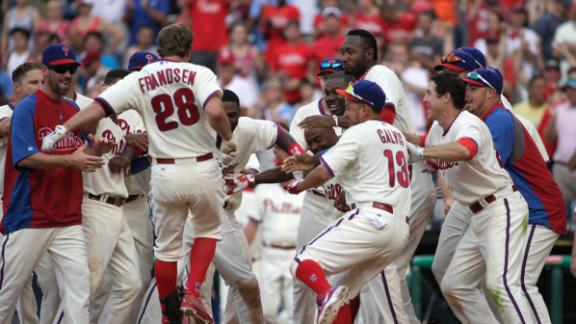 Papelbon blows save but walk-off HR lifts Phils