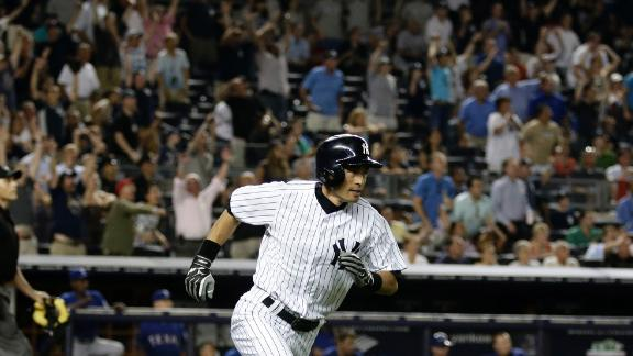 Yanks beat Rangers on Ichiro's walk-off HR