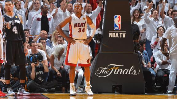 Heat focus on bringing back Allen in '13-14