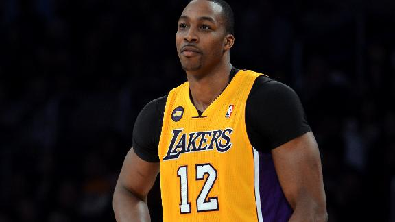Kupchak, Lakers 'optimistic' Dwight will stay with team