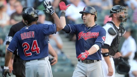 Swisher, Indians again topple White Sox