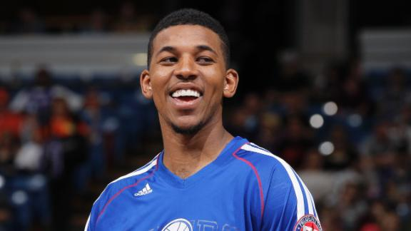 Video - Nick Young Signs With Lakers
