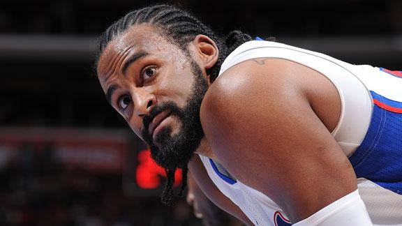 Former Clipper Turiaf signing with Wolves