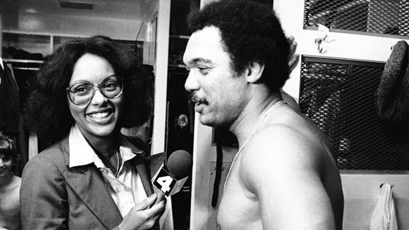 Cfnm female reporter locker room nude