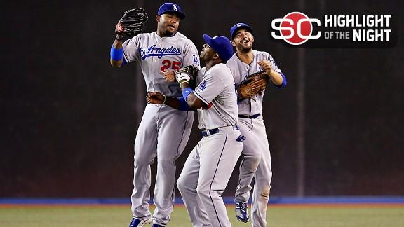 Video - Dodgers Top Blue Jays In Thriller