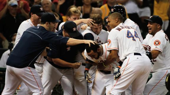 Video - Astros Score 3 In 9th To Beat A's