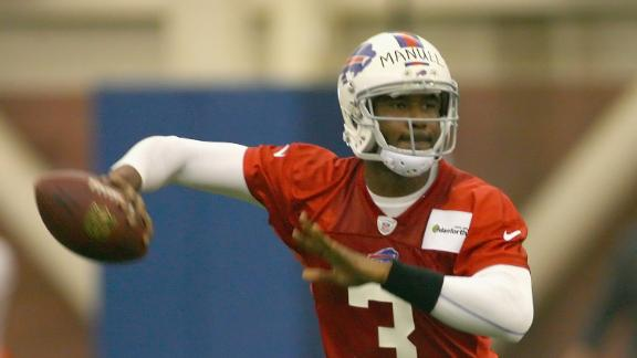 Bills' Manuel, Kolb to split practice snaps at QB