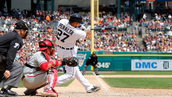 Slam caps eight-run sixth as Tigers rout Phils