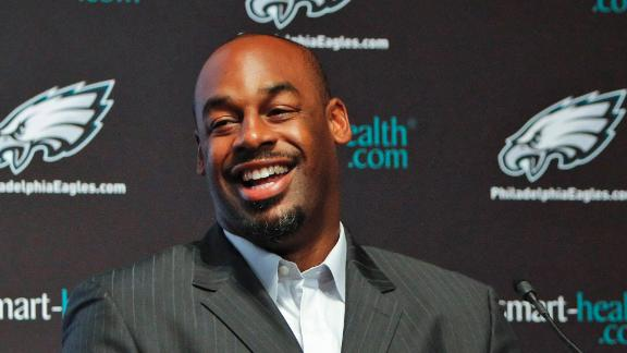 Video - Eagles To Retire McNabb's No. 5