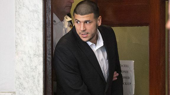 Associate: Hernandez put guns in basement