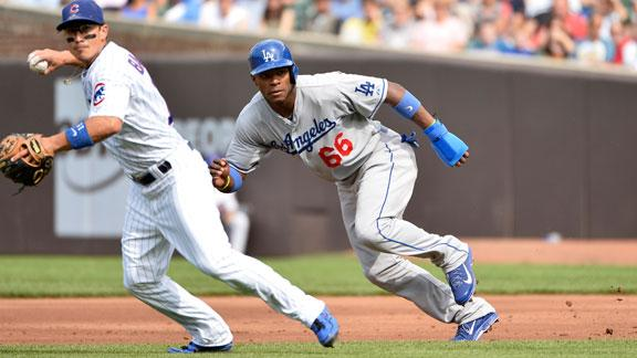 Dodgers down Cubs for 12th straight road win