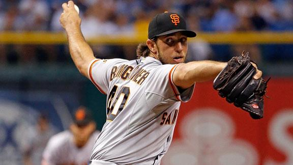 Bumgarner helps Giants breeze past Rays