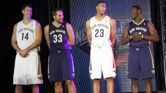 Pelicans unveil blue, red and gold uniforms