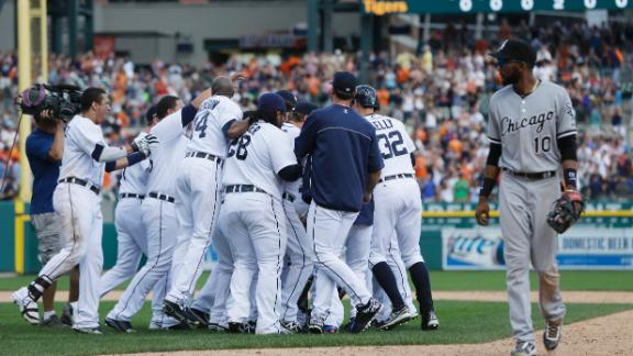 Video - Tigers Walk Off In 12th