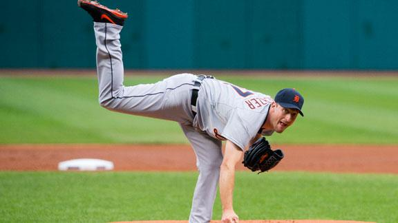 Scherzer wins 17th as Tigers take 12th straight