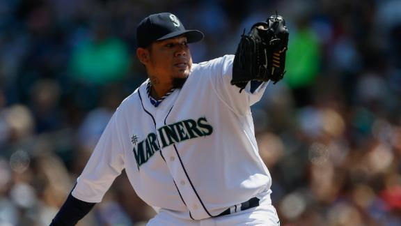 King Felix notches 12th win, blanks Brewers