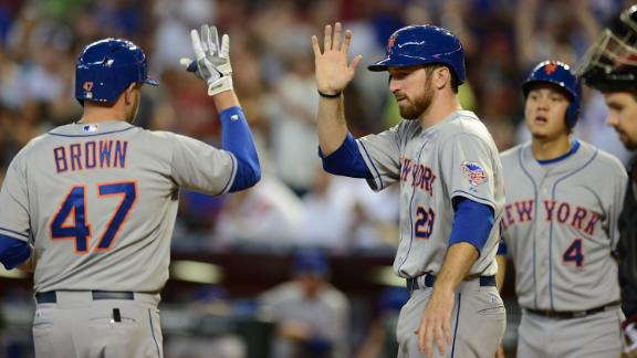 Mets demote RHP Hefner; DL still possible