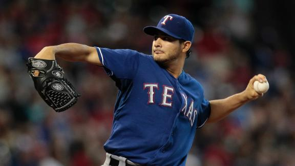 Rangers win 7th straight behind Perez's gem