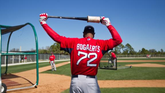Red Sox phenom Bogaerts makes debut