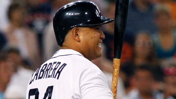 Cabrera back in Tigers lineup despite injury