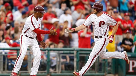 Phils down D-backs on bases-loaded walk
