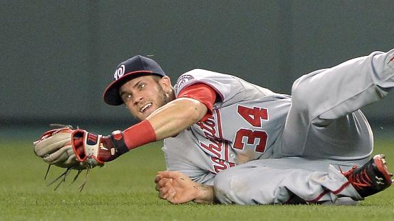 Nats rally from 6 runs down to edge Royals