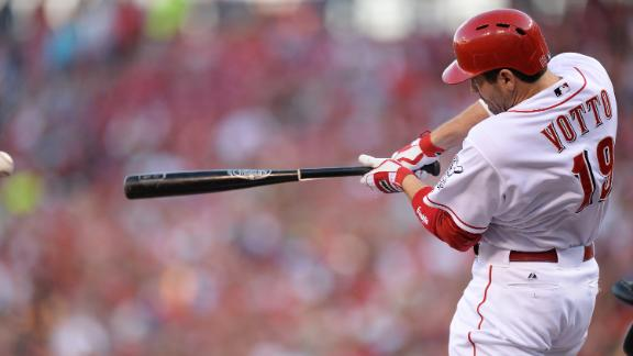 Ludwick's 1st HR since October helps lift Reds