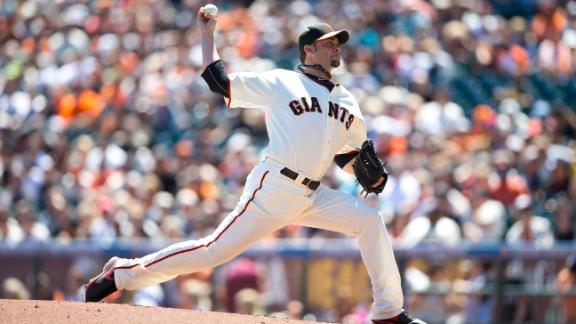 Giants' Vogelsong earns 1st win in 3 months