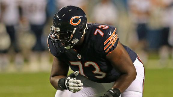 Vikings claim former Bears O-tackle Webb