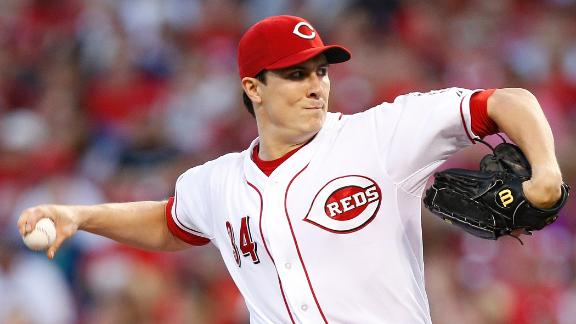 Video - Bailey, Reds Edge Cardinals