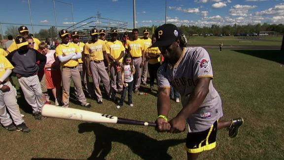 Video - E:60 Extra: McCutchen's Batting Stance Impressions