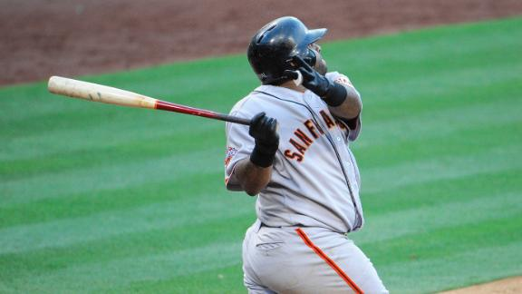 Giants' Sandoval socks Pads with 3 homers