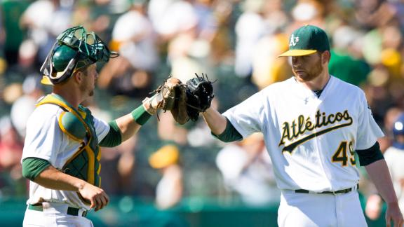 Colon snaps winless skid as A's oust Astros