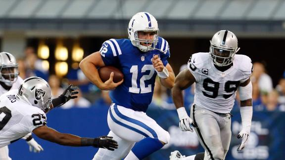 Luck, Colts survive scare from Pryor, Raiders