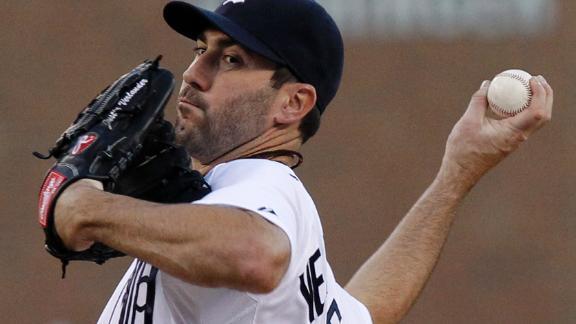 Fielder homer helps Tigers hold off Royals