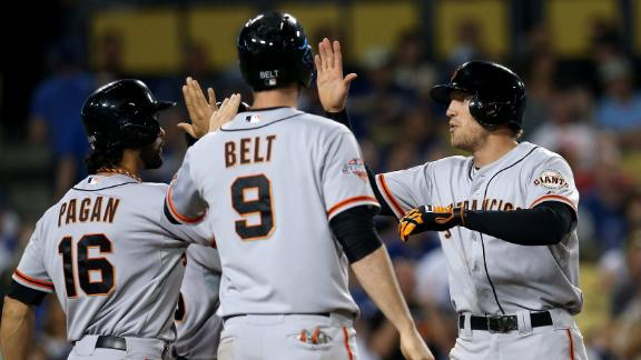 Pence leads Giants' onslaught vs. Dodgers