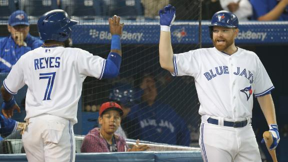 Jays deal Yanks' playoff hopes another blow