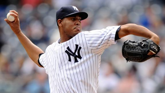 Yanks keep pace behind Nova's complete game