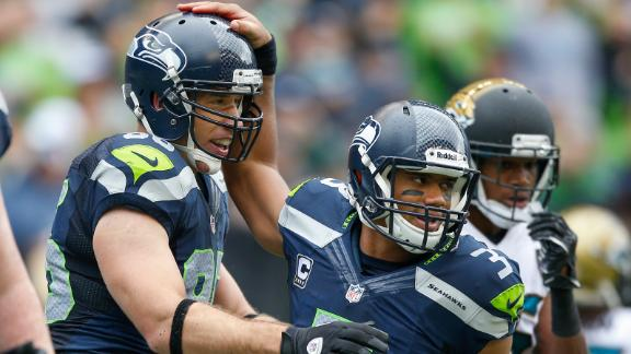 Wilson (4 TDs), Seahawks rough up Jaguars